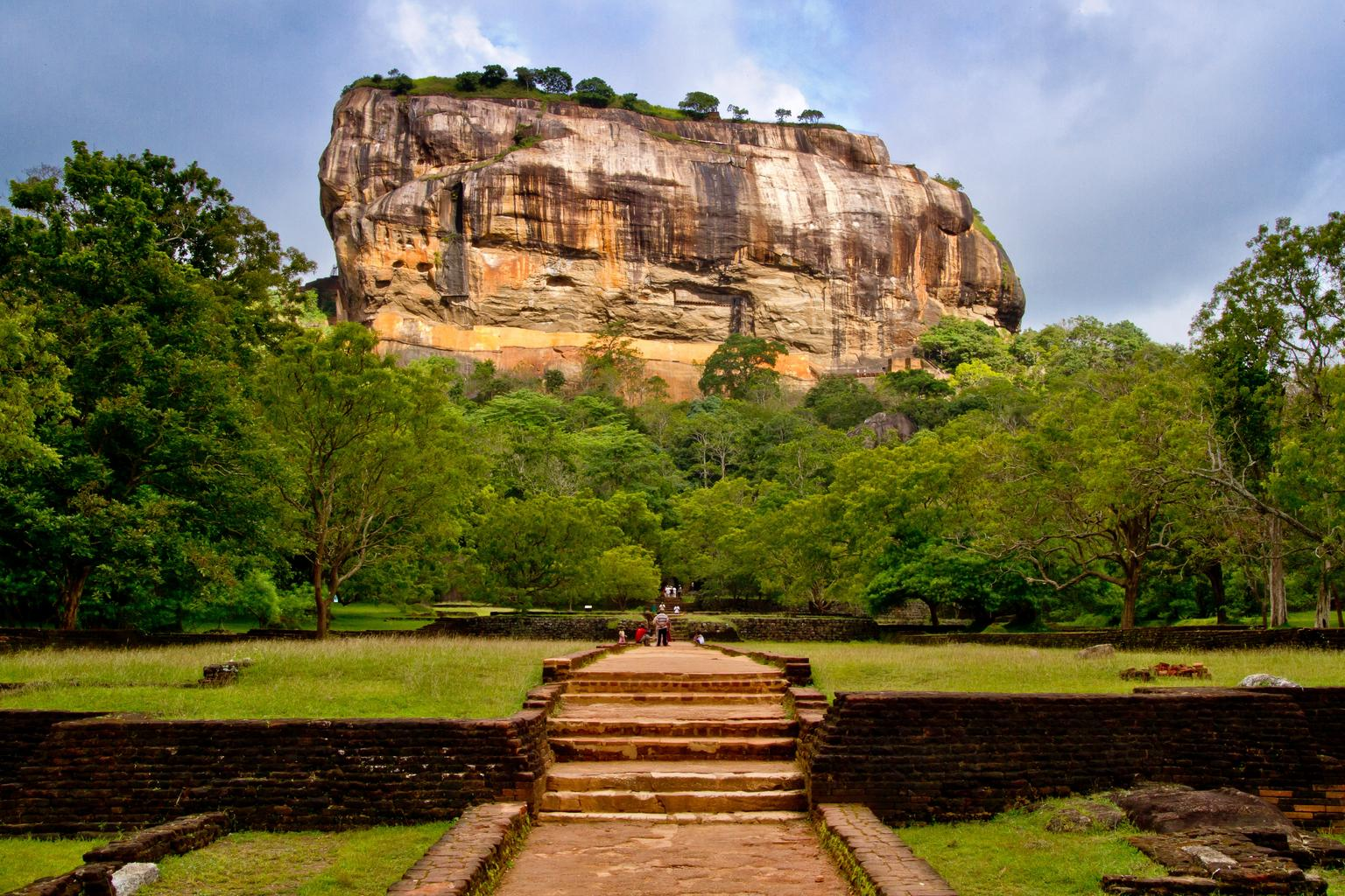 The Story of Sigiriya – The Palace in the Sky