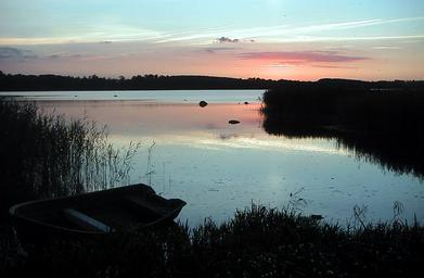 Sunset over Ringsjön.jpg