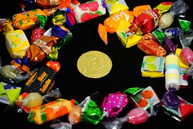 candy-hand-made-sweets-treat-295596.jpg