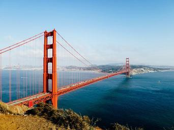golden-gate-bridge-san-francisco-1031321.jpg