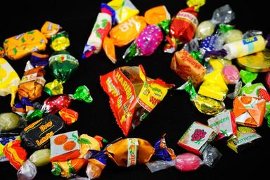 candy-hand-made-sweets-treat-295602.jpg