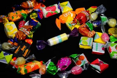 candy-hand-made-sweets-treat-295597.jpg