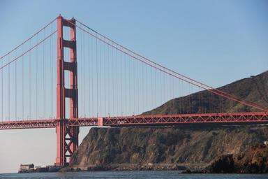 golden-gate-bridge-san-francisco-652748.jpg