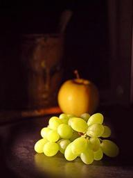 Grapes and apple.jpg