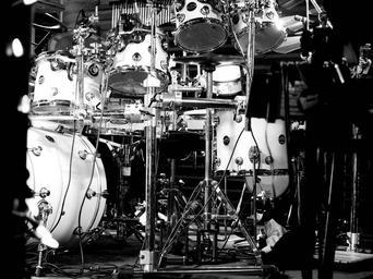 drums-music-hardware-rock-and-roll-700456.jpg
