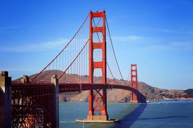 Golden_Gate_Bridge_under_Blue_Sky.jpg