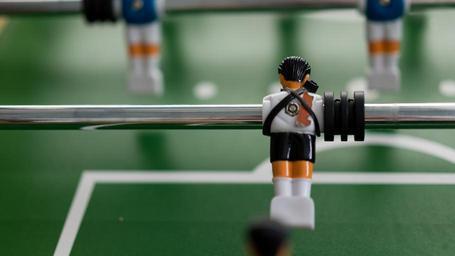 foosball-tabletop-soccer-soccer-581426.jpg