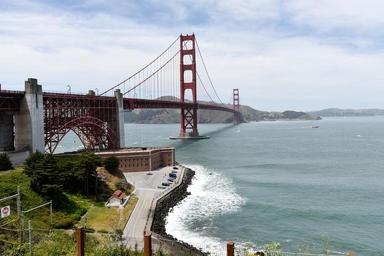 golden-gate-bridge-san-francisco-1712766.jpg