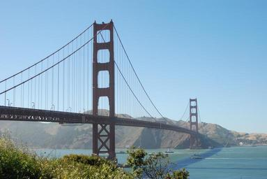 golden-gate-bridge-san-francisco-325545.jpg