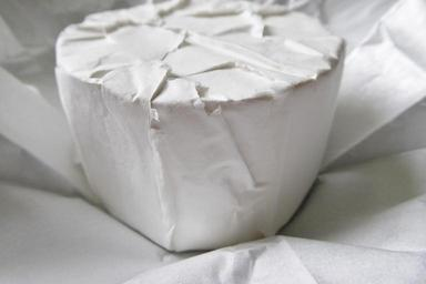 soft-cheese-camembert-blue-cheese-822346.jpg