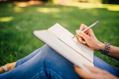 writing-writer-notes-pen-notebook-923882.jpg