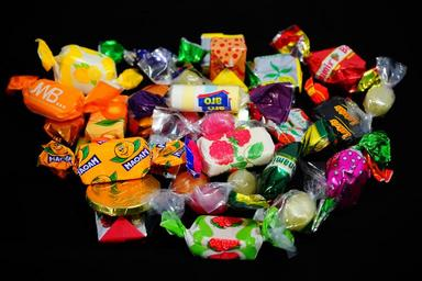 candy-hand-made-sweets-treat-295585.jpg