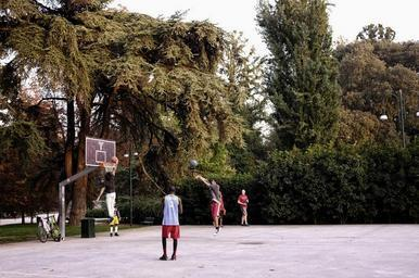 central-park-basketball-game-youth-705900.jpg