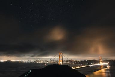 golden-gate-bridge-starry-night-1081992.jpg